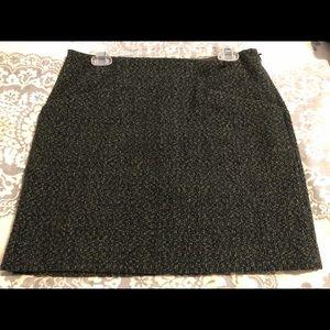 Tweed mini skirt in dark greens and black